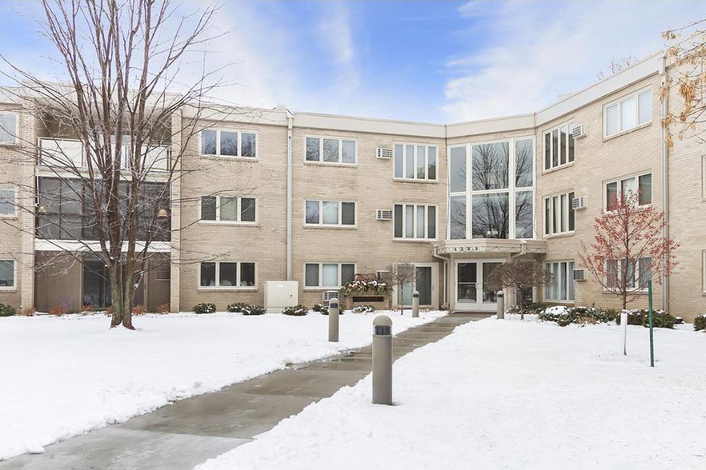 4360 Brookside Court #216, Edina, MN 55436
