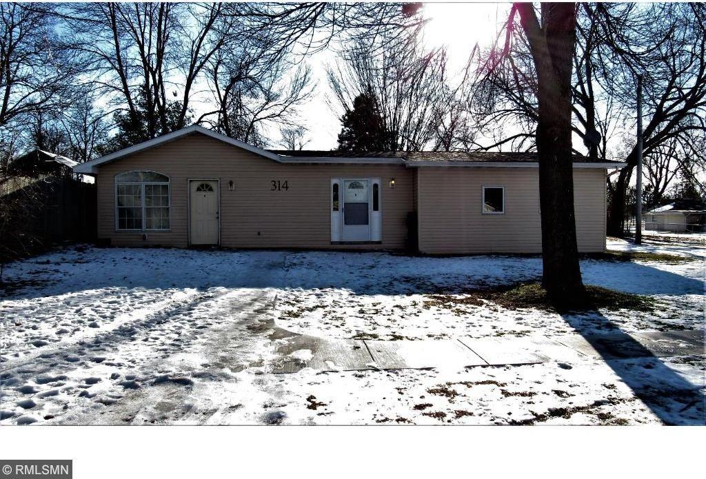 314 SE Oak Avenue, Montgomery, MN 56069