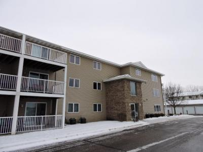 Photo of 880 Lyn Way #208, Hastings, MN 55033