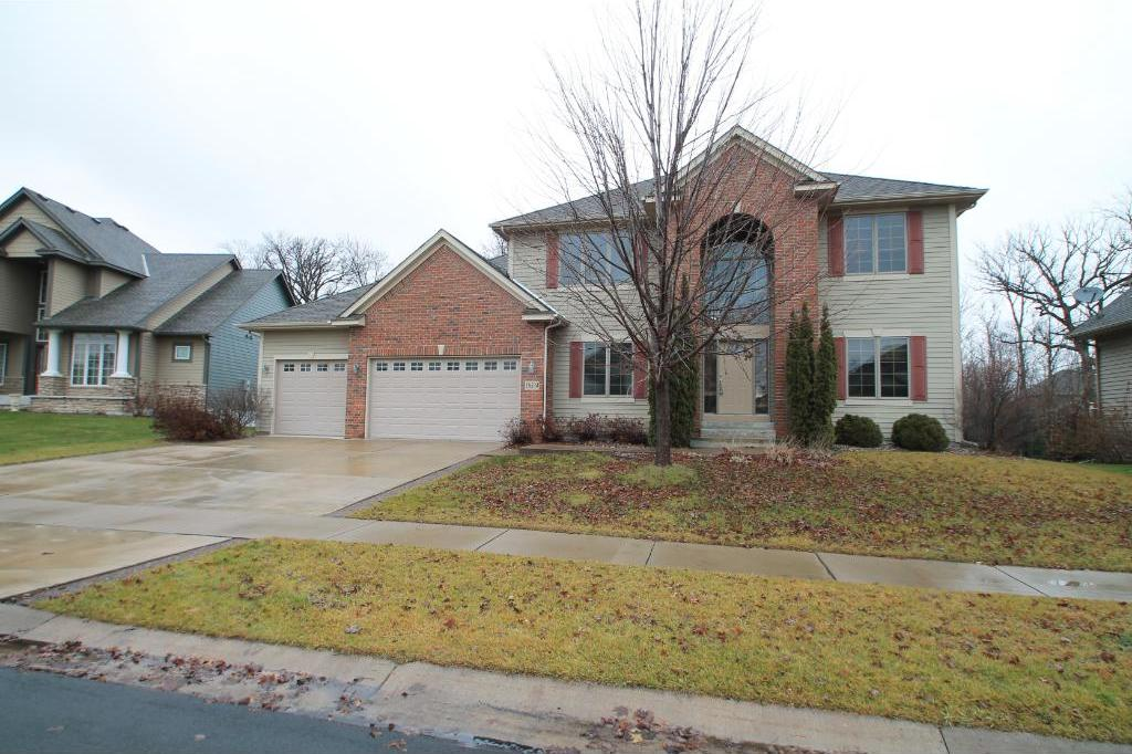 18534 N 98th Place, Maple Grove, MN 55311