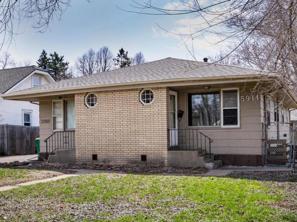 5909 N 42nd Avenue, Robbinsdale, MN 55422