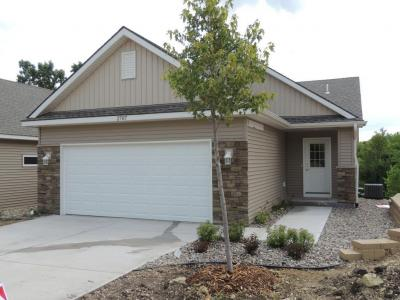 Photo of 2707 Ridgeview Drive, Red Wing, MN 55066