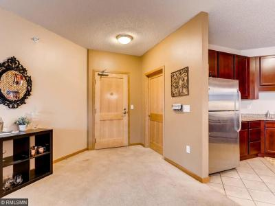 Photo of 619 SE 8th Street #415, Minneapolis, MN 55414