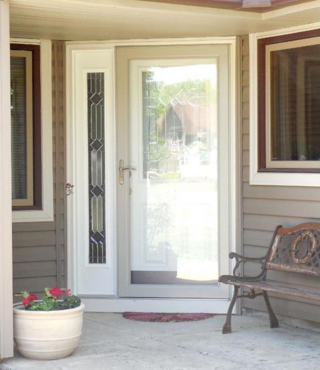 8752 N Cottonwood Lane, Maple Grove, MN 55369