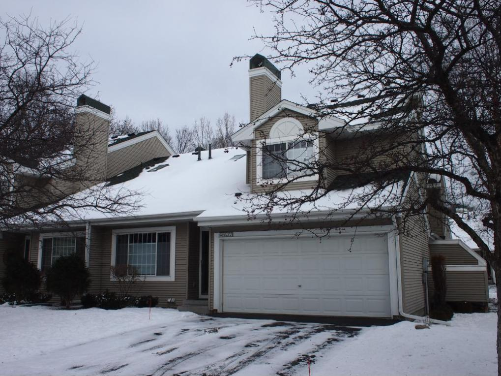 15720 N 25th Place #A, Plymouth, MN 55447