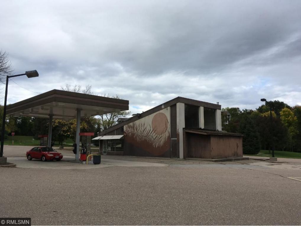 110690 Village, Chaska, MN 55318