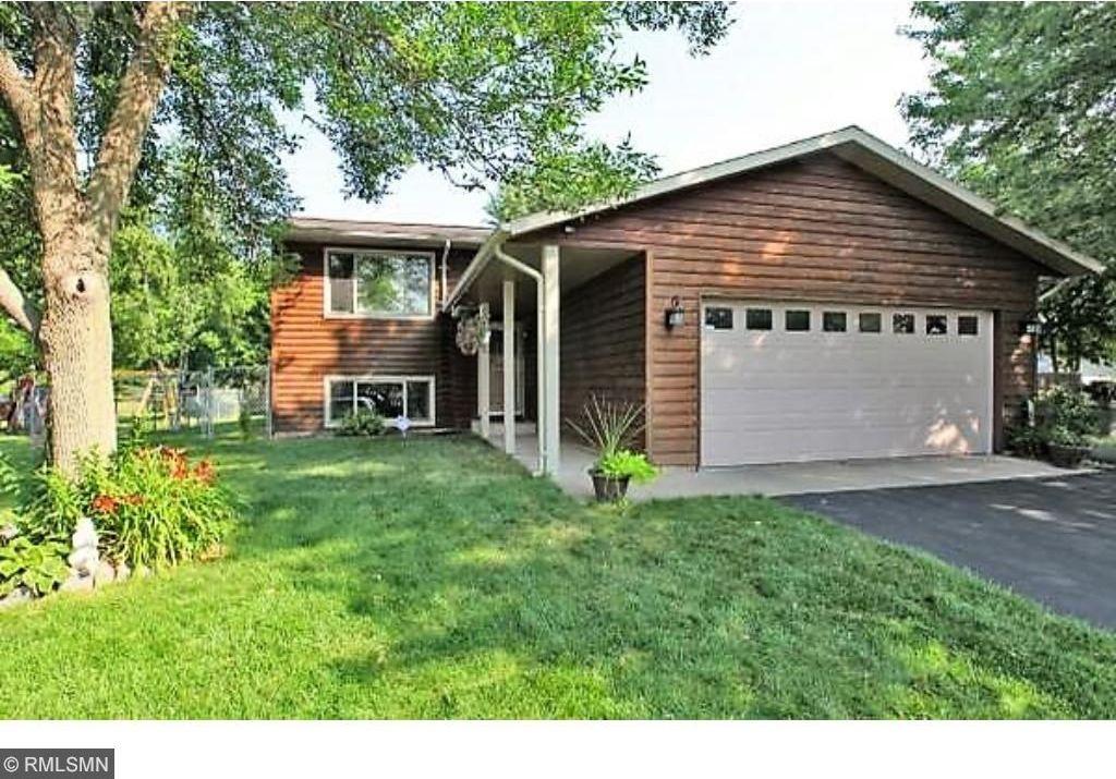 5596 NE Amblewood Drive, Prior Lake, MN 55372