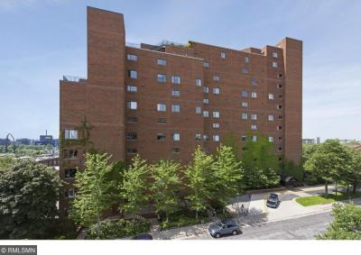Photo of 100 SE 2nd Street #409, Minneapolis, MN 55414
