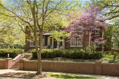 Photo of 1701 Mount Curve Avenue, Minneapolis, MN 55403
