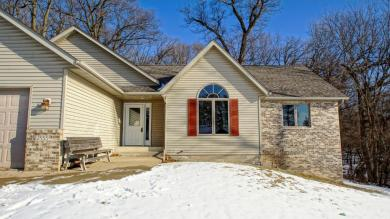 2555 Chickadee Court, Red Wing, MN 55066