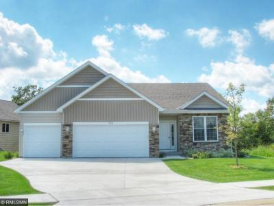 Photo of 975 Aurora Circle, Red Wing, MN 55066