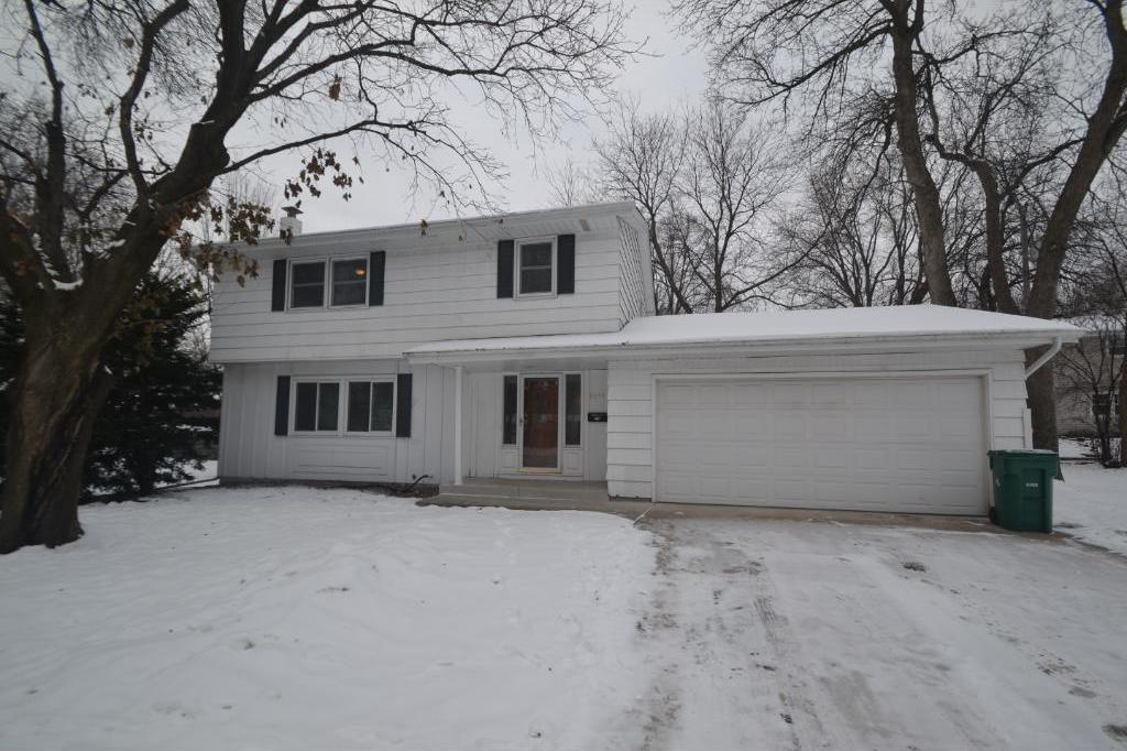 8033 34th Place, Crystal, MN 55427