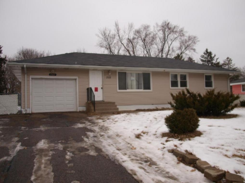 533 NE 81st Avenue, Spring Lake Park, MN 55432