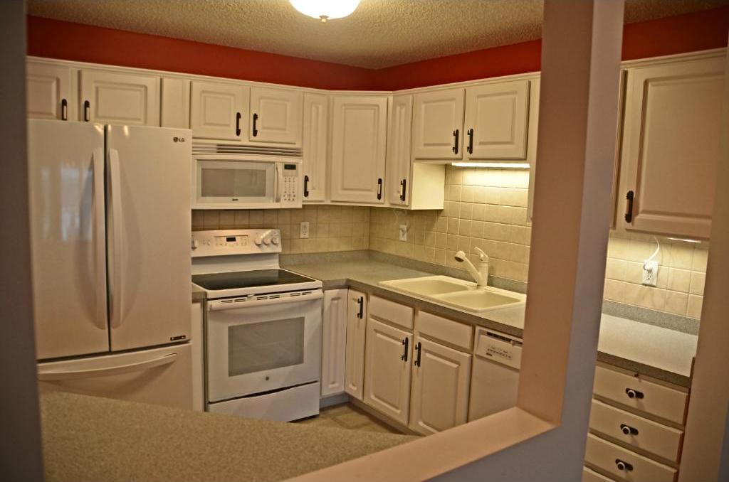 2231 Penn Place #324, North Saint Paul, MN 55109