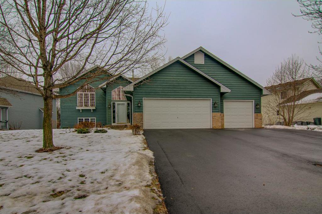 1387 Dunsmore Drive, Waconia, MN 55387