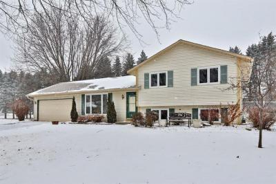 Photo of 14678 Dominica Court, Apple Valley, MN 55124