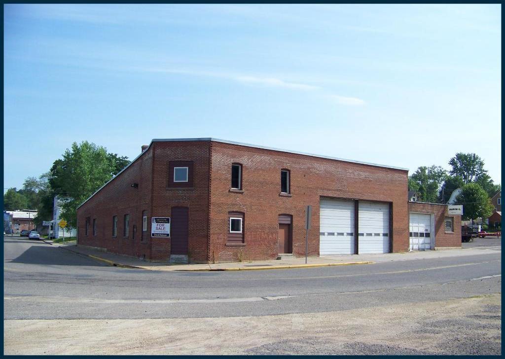 104 Maple Street, Glenwood City, WI 54013