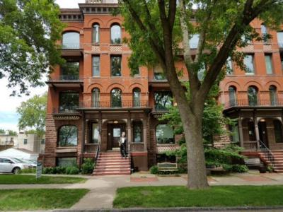 Photo of 703 Laurel Avenue #3e, Saint Paul, MN 55104