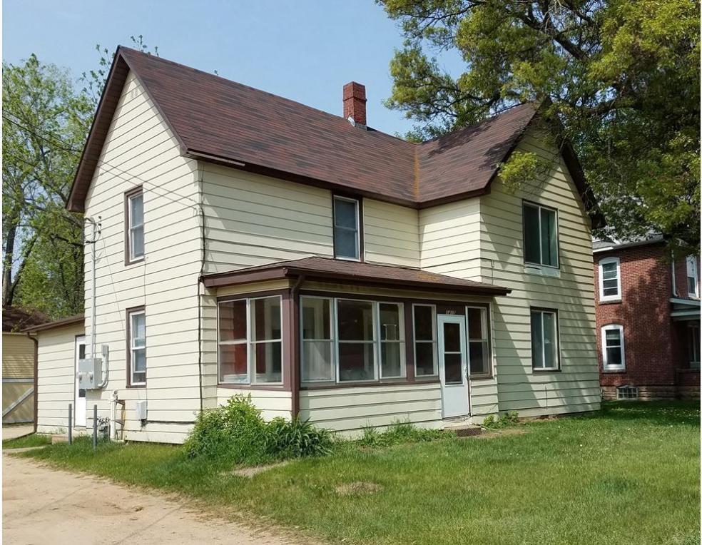 1415 Stout Rd, Menomonie, WI 54751