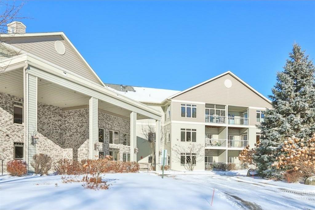 5200 Pathways Avenue #115, White Bear Lake, MN 55110