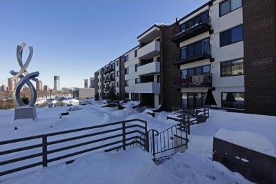 Photo of 52 Groveland Terrace #A106, Minneapolis, MN 55403