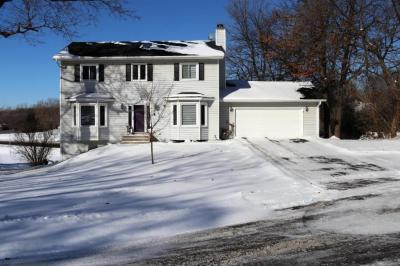 Photo of 14030 Guthrie Avenue, Apple Valley, MN 55124