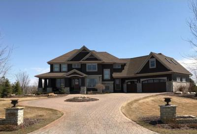Photo of 9788 Whistling Valley Road, Lake Elmo, MN 55042