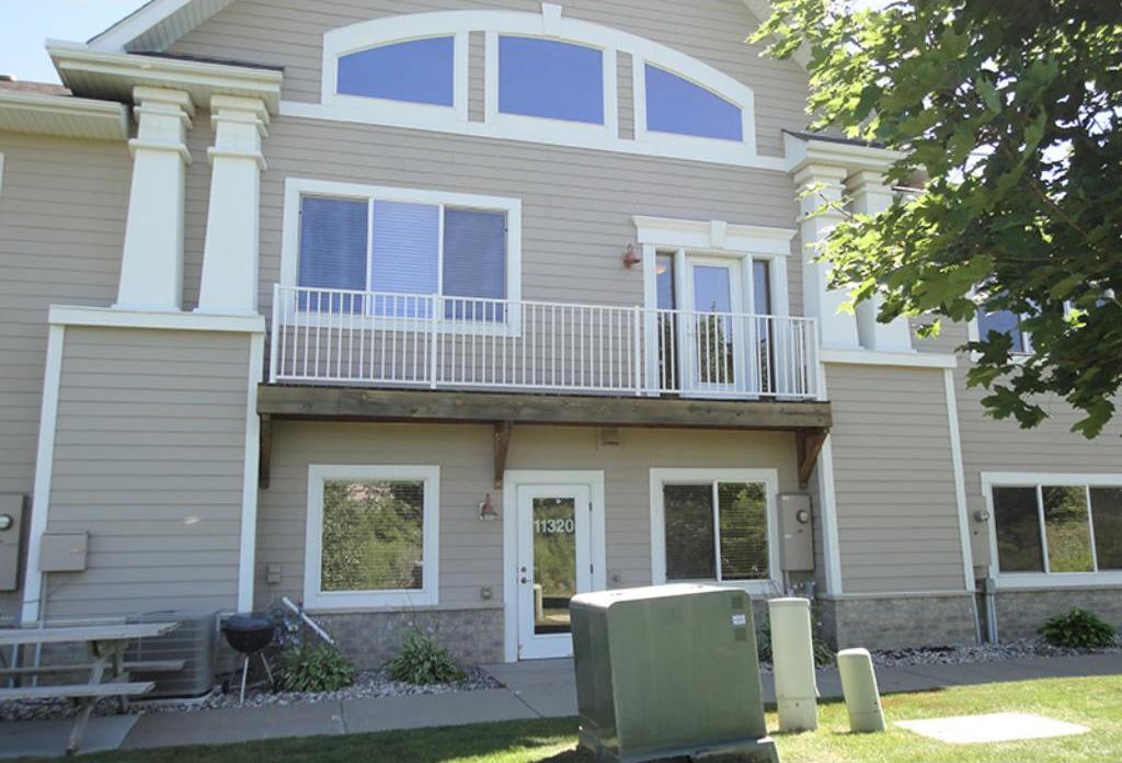 11322 N 86th Avenue, Maple Grove, MN 55369