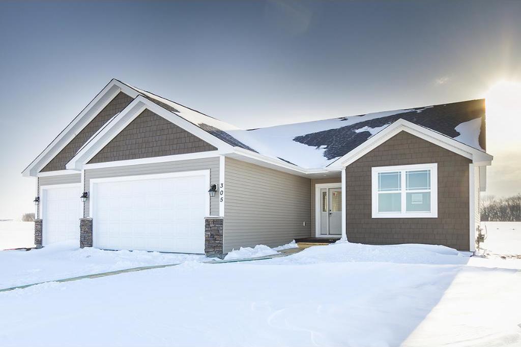307 Edgewood Drive, Glencoe, MN 55336