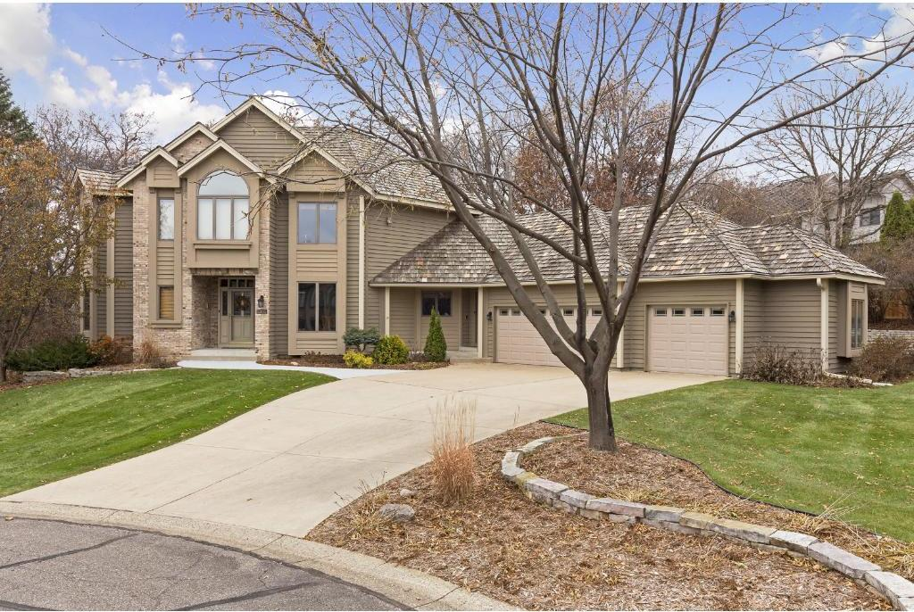 13815 Grothe Circle, Apple Valley, MN 55124