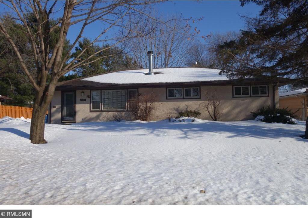 2844 N Mcknight Road, North Saint Paul, MN 55109