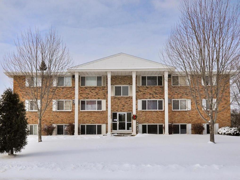 2700 Rosalyn Court #104, New Hope, MN 55427