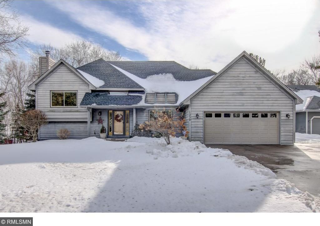 1230 NW 118th Avenue, Coon Rapids, MN 55448