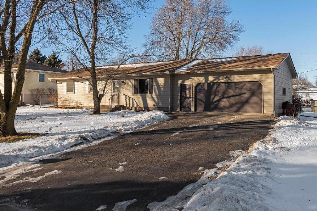 11366 N 97th Place, Maple Grove, MN 55369