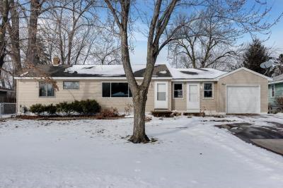 Photo of 1243 E Shryer Avenue, Maplewood, MN 55109