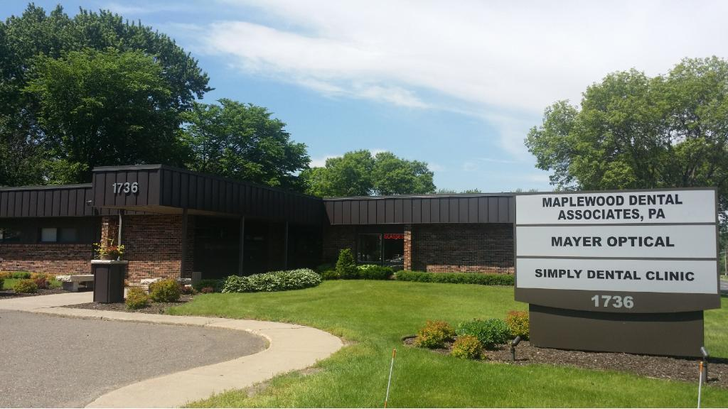 1736 E Cope Avenue, Maplewood, MN 55109