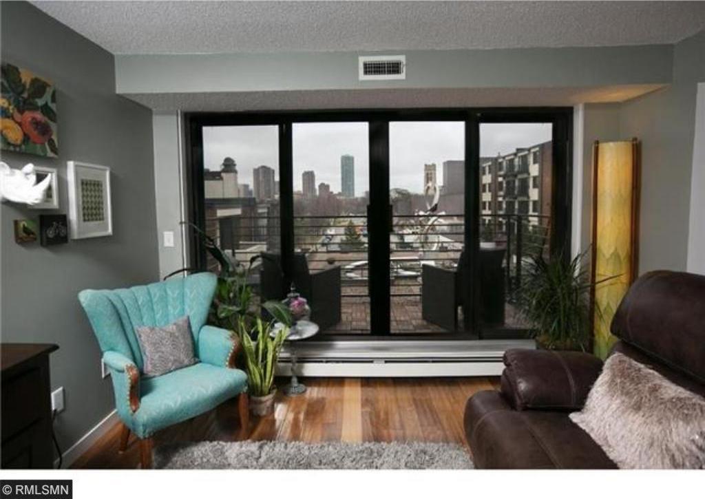 52 Groveland Terrace #A202, Minneapolis, MN 55403