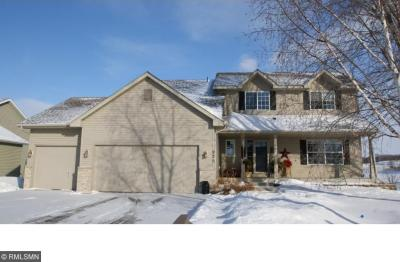 Photo of 925 S Elm Street, Belle Plaine, MN 56011