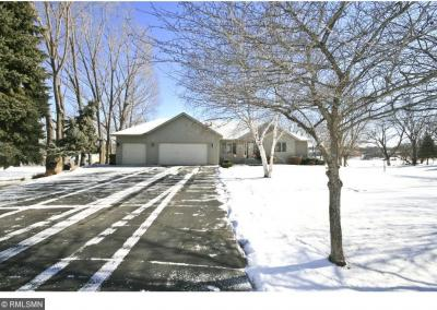 Photo of 19564 Sioux Hills Road, Hutchinson, MN 55350