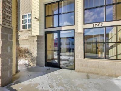 Photo of 1244 County Road D East #205, Maplewood, MN 55109