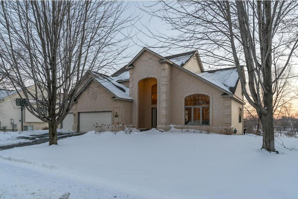 14102 Flagstone Trail, Apple Valley, MN 55124