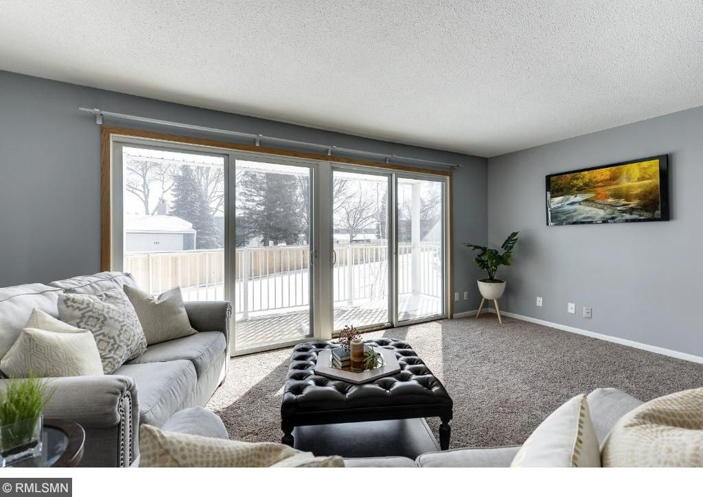 132 E Demont Avenue #232, Little Canada, MN 55117