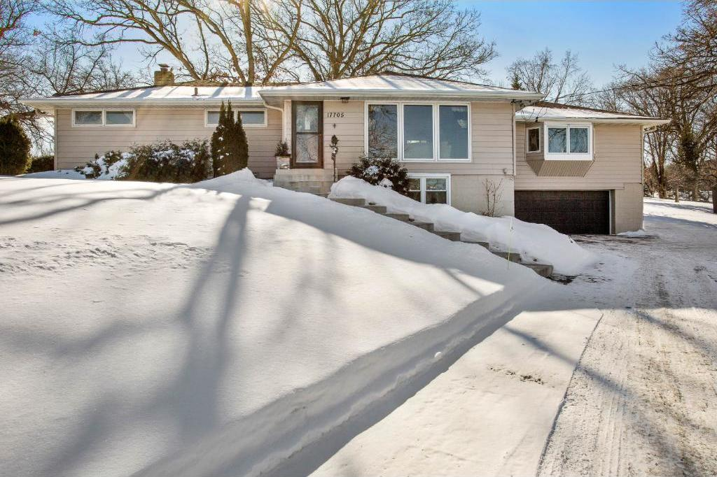 17705 County Road 24, Plymouth, MN 55447