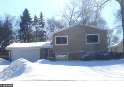 Photo of 542 NE Ione Avenue, Spring Lake Park, MN 55432