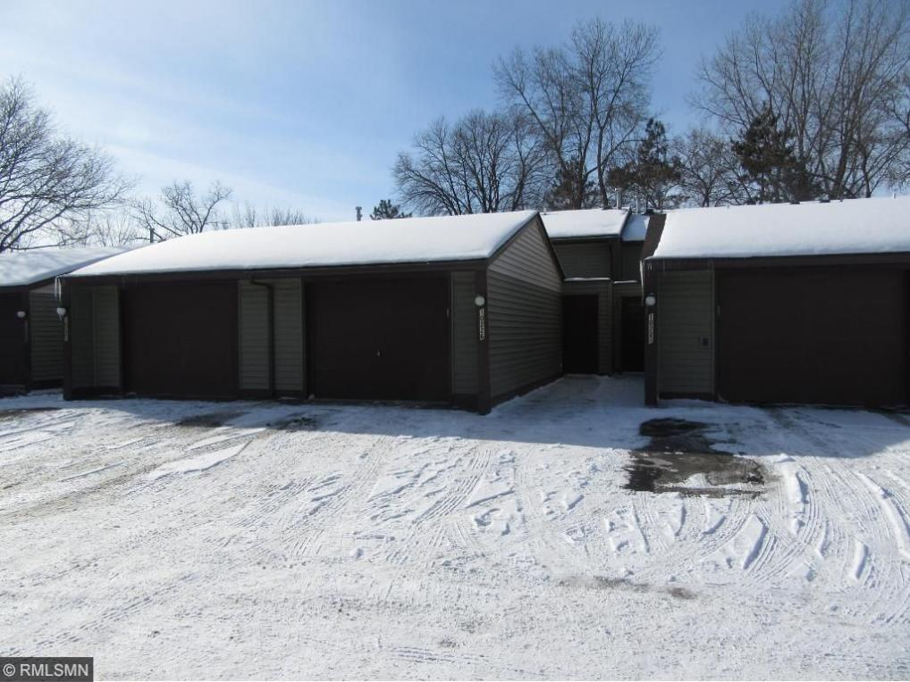 10226 NW Hanson Boulevard, Coon Rapids, MN 55433