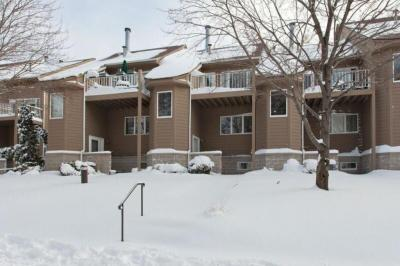 Photo of 2840 Kenwood Isles Drive, Minneapolis, MN 55408