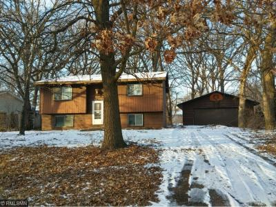 Photo of 3749 NW 226th Avenue, Saint Francis, MN 55070