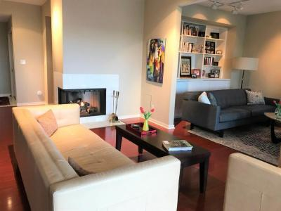 Downtown minneapolis condominiums for sale for 52 groveland terrace minneapolis mn