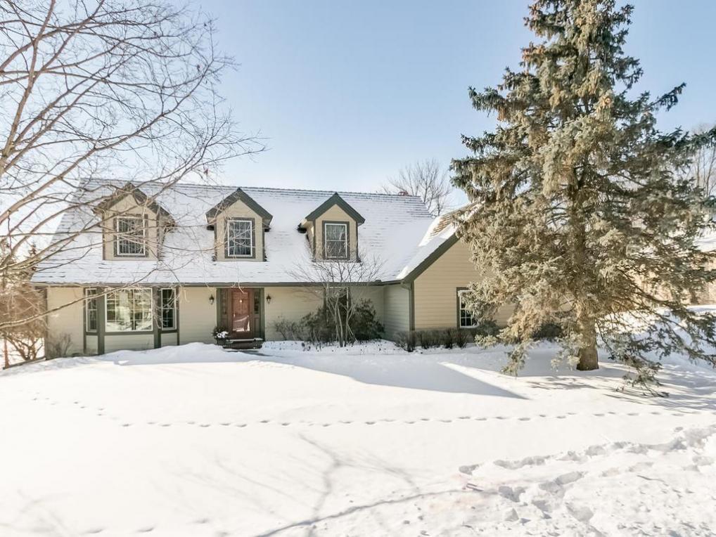 13543 Woodmere Circle, Eden Prairie, MN 55346