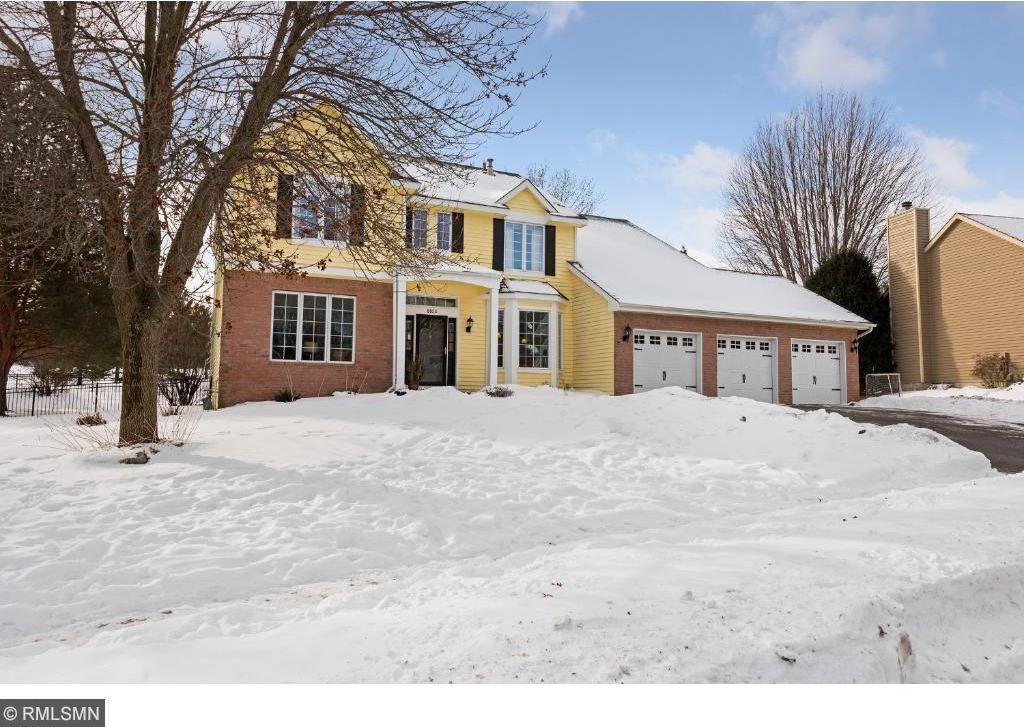 8824 Cottonwood Lane, Eden Prairie, MN 55347